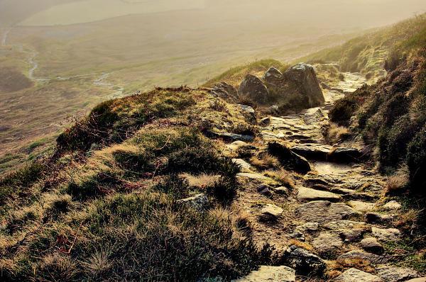 Wainstones Path Dawn DSC_0403 600px